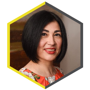 Hexagon shaped profile picture featuring Esther Curiel