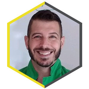 Hexagon shaped profile picture featuring Jameson Hoscyns